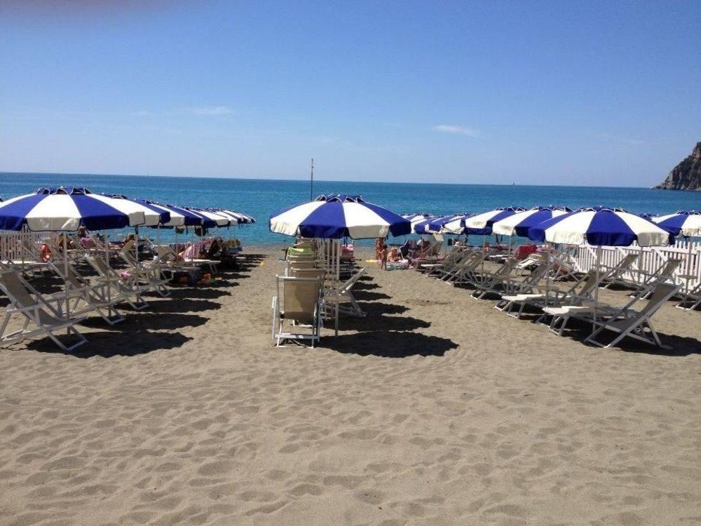 tigullio beach