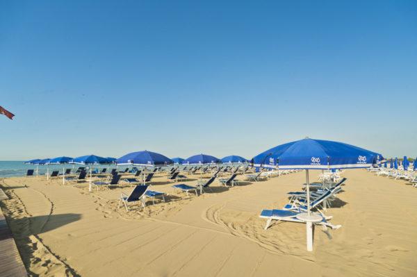 lido shany funny beach