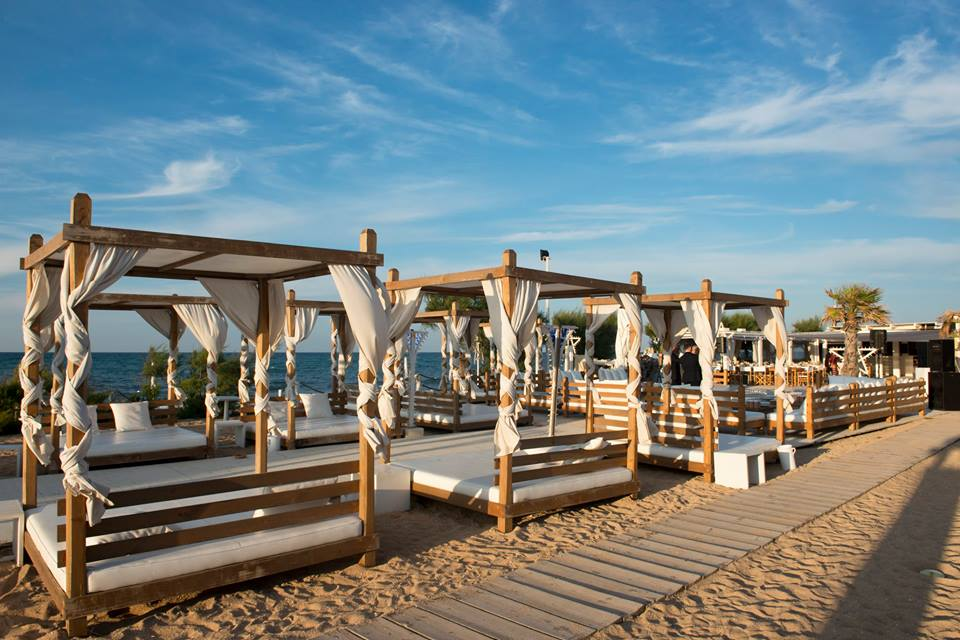 lido white beach
