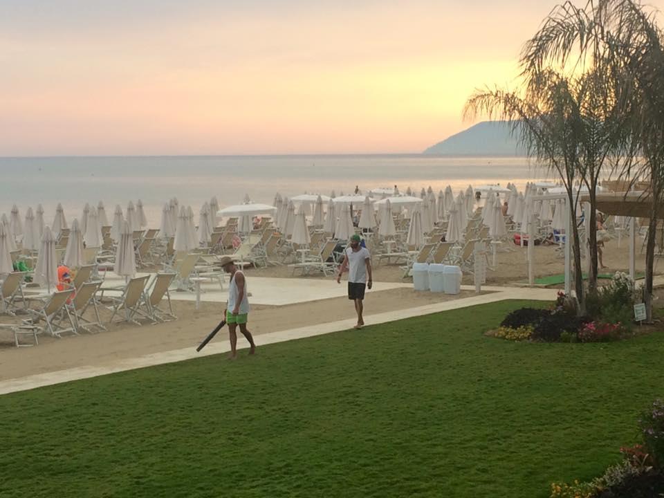 white beach a terracina