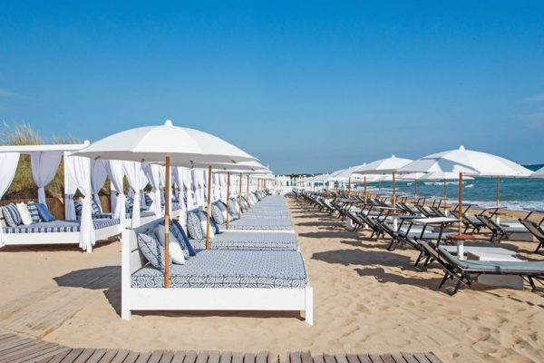 coccaro beach club nel salento